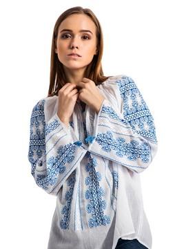 Украинская вышиванка в модных коллекциях 2016 года