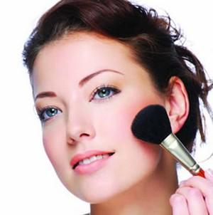 Секреты стойкого макияжа и маникюра