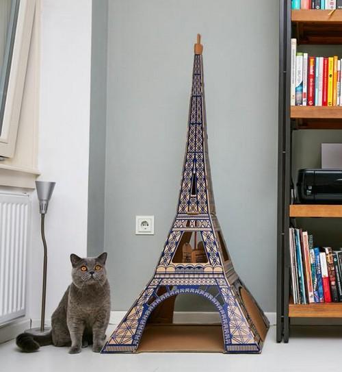 Британцы сделали Белый дом и Храм Василия Блаженного для кошек