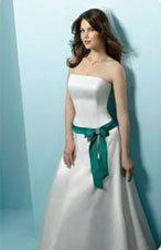 Лучшие свадебные платья 2010