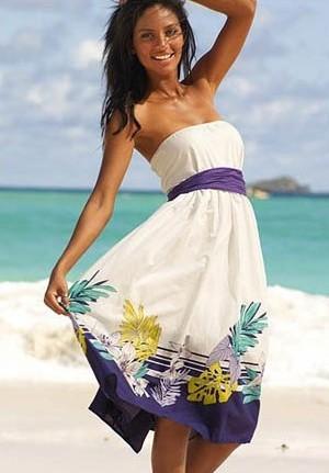 Модные пляжные платья