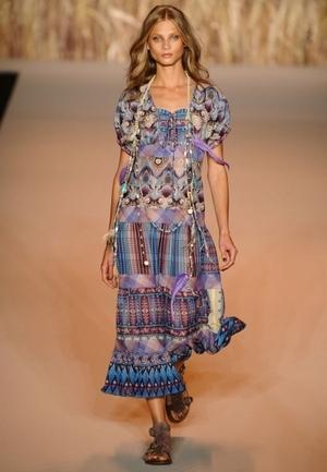 Тренд: макси-платья