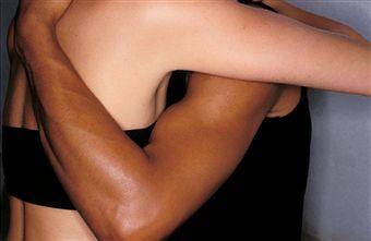 Черно-белые отношения
