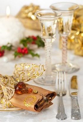 Украшаем праздничный стол