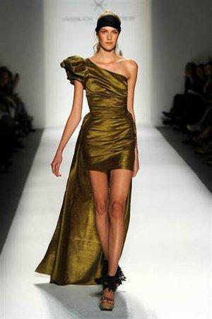 Выпускные платья 2011 года
