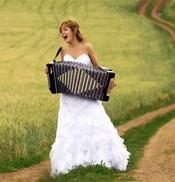 «Уж замуж невтерпеж»… или опережая бег времени?