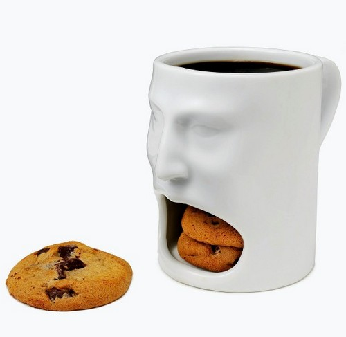 Голодная кружка требует печенья