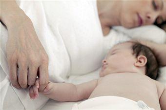 Брать ли ребенка в свою постель?