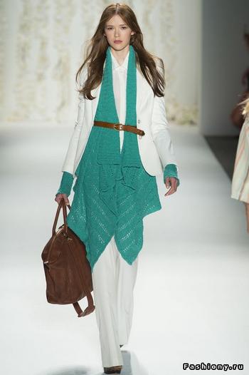 Изумрудный - модный цвет в 2013 году