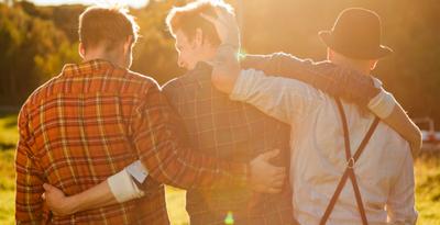 Найдено главное отличие между мужской и женской дружбой