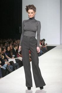 Сильная женщина в моде