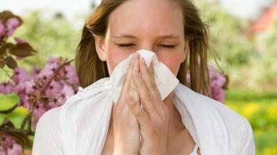 Биологи объяснили происхождение аллергии
