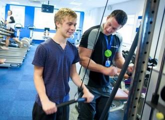 Подросток и спорт: техника безопасности