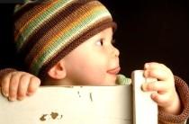 Зрение у детей до года: норма и патология