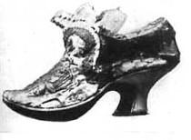 История, запечатленная в обуви