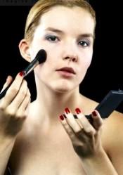Правила макияжа для чувствительной кожи