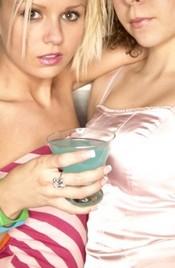 Что толкает женщин на лесбийские эксперименты