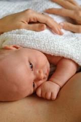 Безопасность грудничка. Первая помощь новорожденному