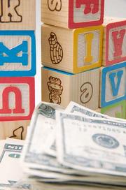 Говорить ли детям о своих доходах?