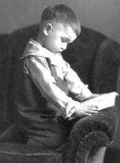 Почему дети мало читают?