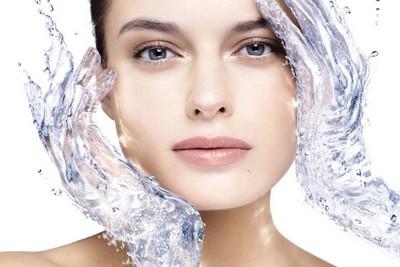 Как вода поможет продлить молодость кожи
